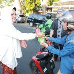 Kanwil Kumham Jatim Gelar Ta'jil On The Street