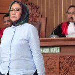 Terbukti Bersalah Ratna Sarumpaet Dituntut 6 Tahun Penjara